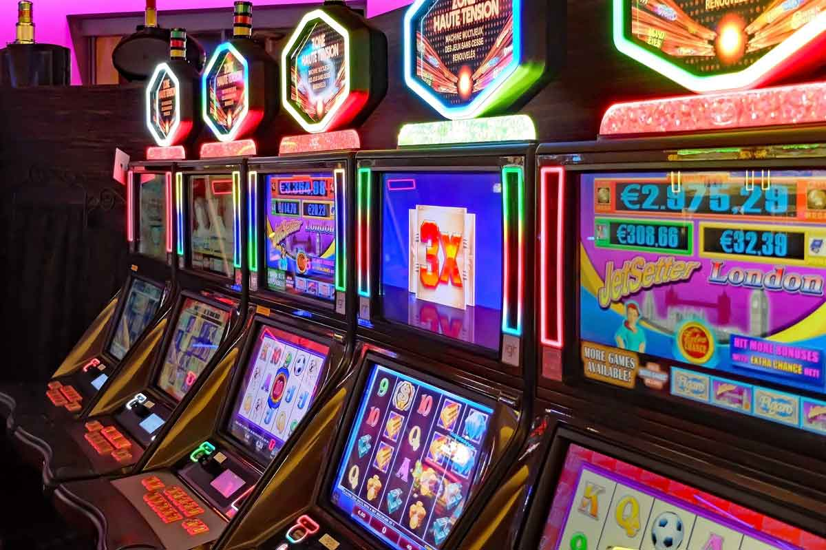 The Top 5 Most Common Myths About Slot Machine