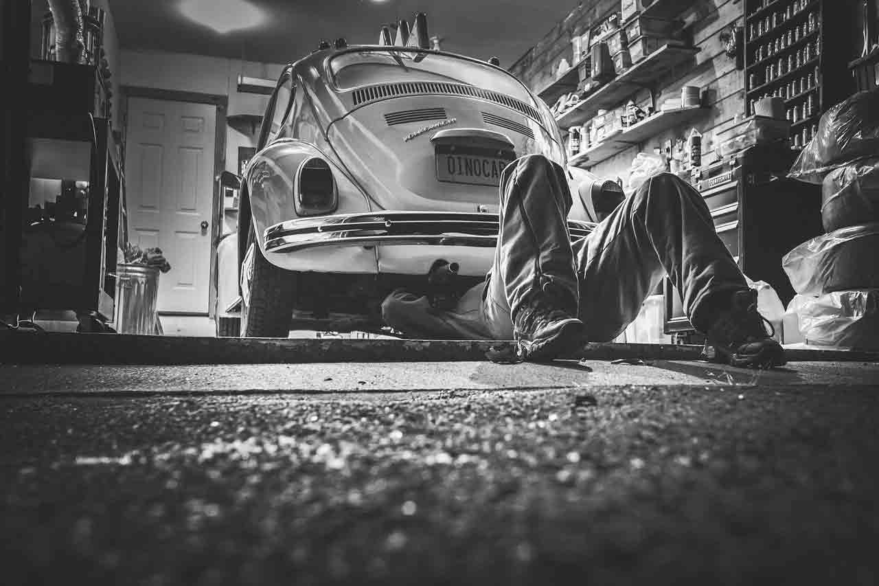Placing The Auto Industry On The Internet Of Things
